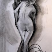 Femme de dos en s