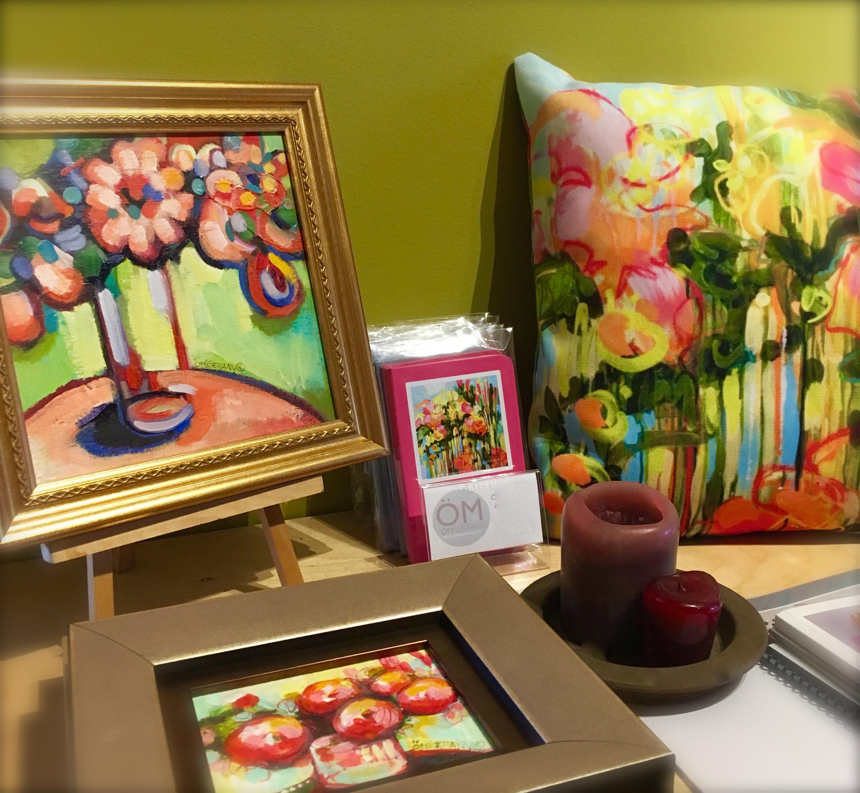 présentoirs de toile unique et de produits ÖMISERANY -3 gros plan de couleurs turquoise et rose